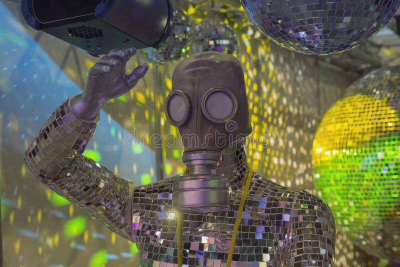 Atrapa w gazu i lustra piłkach w noc klubu dekoracjach obrazy royalty free