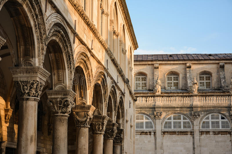 Atrio, palacio del rector s, ciudad vieja de Dubrovnik fotos de archivo libres de regalías
