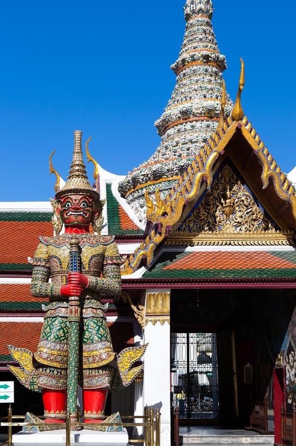 Atsakanmala, um de doze demônios gigantes Yaksha, guarda foto de stock royalty free