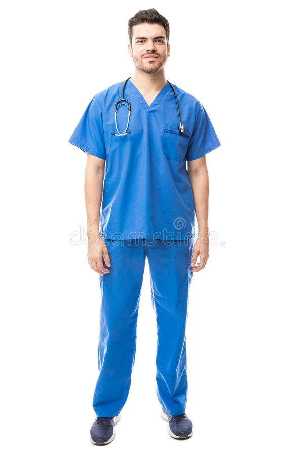 Att bära för sjukskötare skurar royaltyfria foton