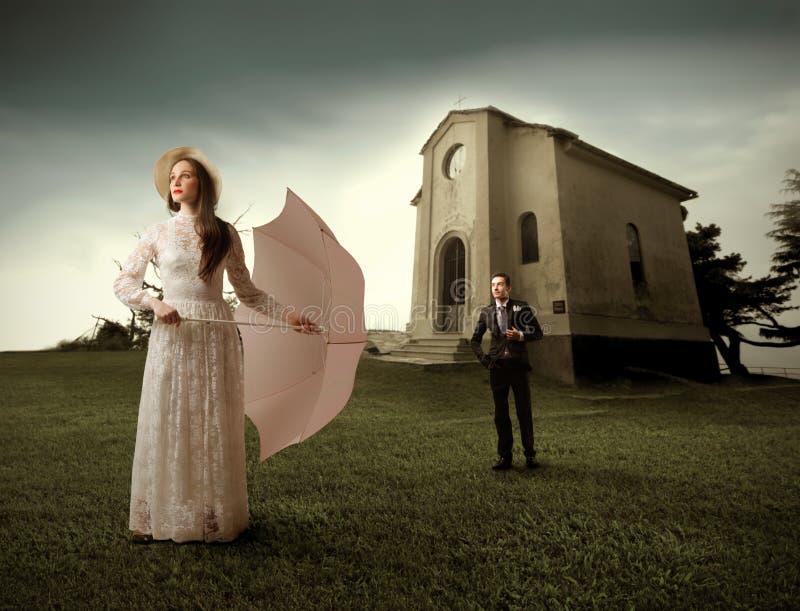 att gifta sig för par royaltyfria bilder