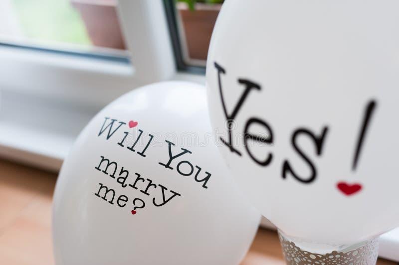 Att gifta sig mig? Ja! arkivbilder