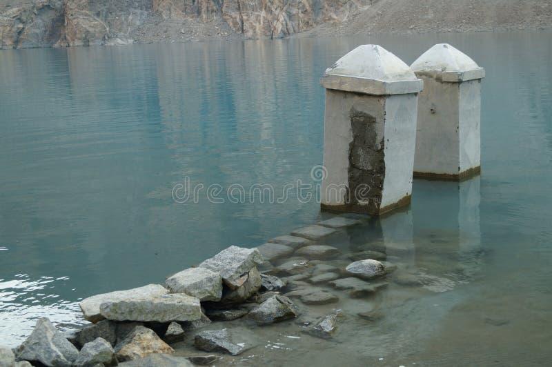 Attaabad den blåa sjön arkivbild