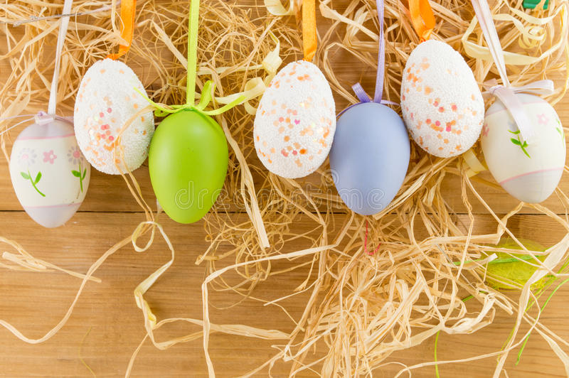 Attaccatura delle uova di Pasqua immagini stock