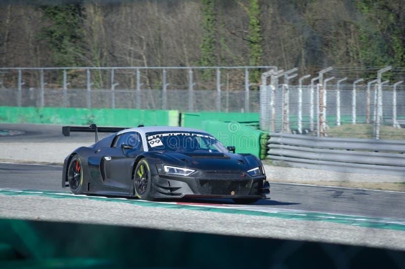 Attempto Audi di corsa R8 LMS nell'azione fotografia stock libera da diritti