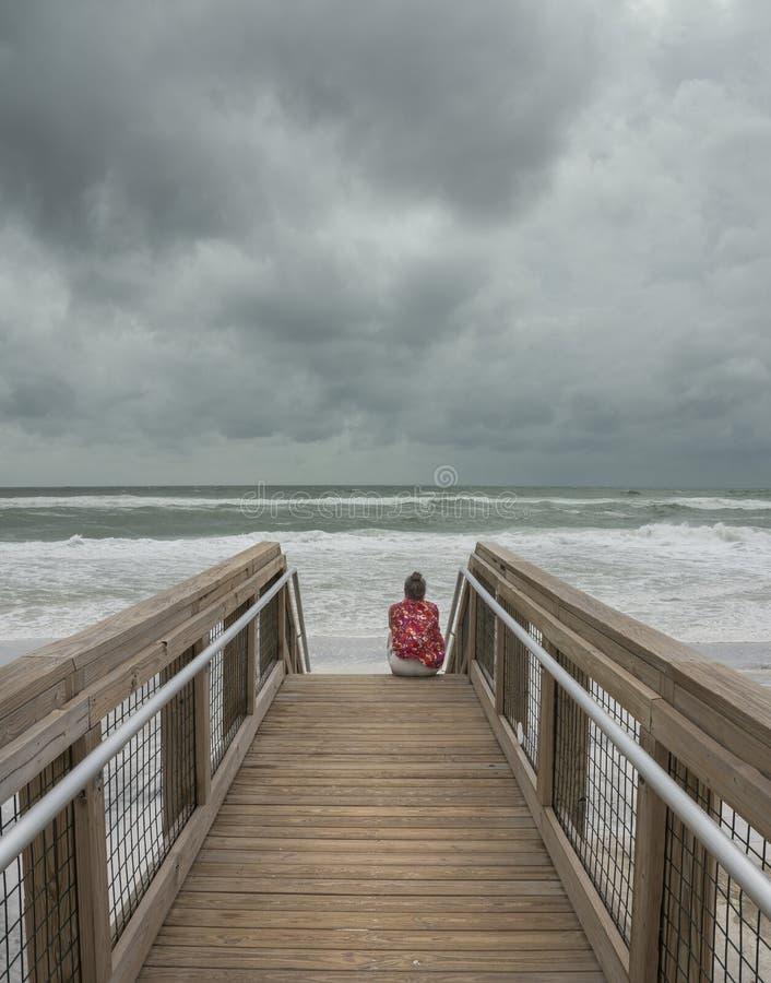 Attente de la tempête image libre de droits