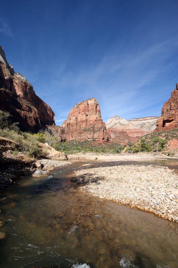Atterrissage d'anges et rivière de Vierge en Zion National Park photo stock