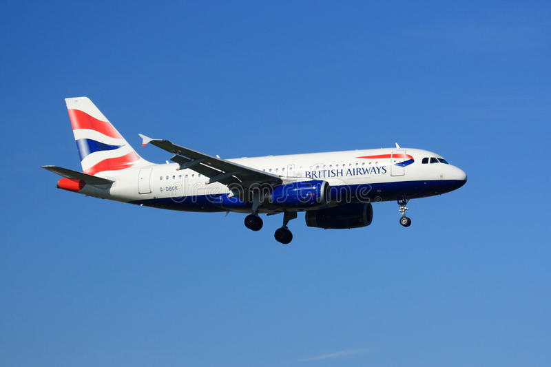 Atterrissage de British Airways Airbus A319 photos libres de droits