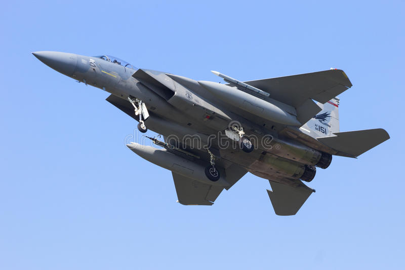 Atterrissage de l'aigle F-15 photographie stock