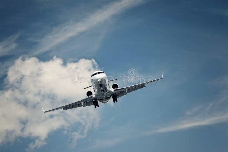 Atterrissage privé d'avion à réaction images libres de droits