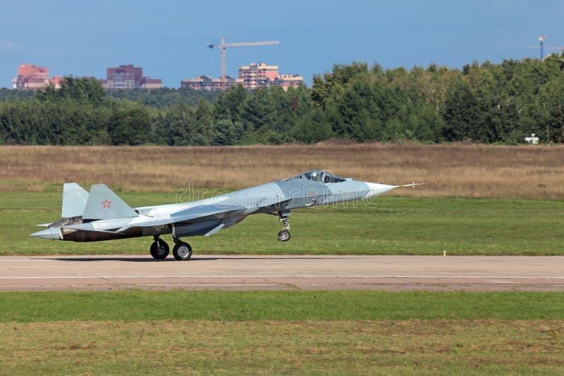 Atterrissage Sukhoi PAK fa T-50 image libre de droits