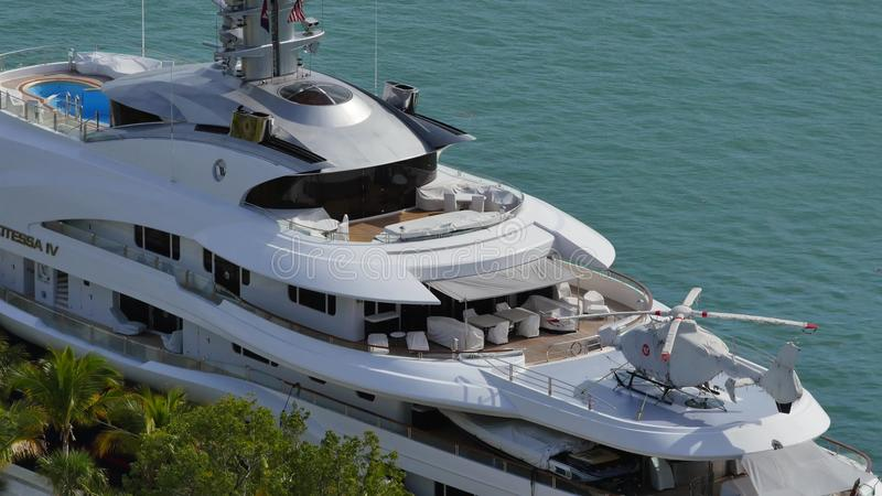 Attessa Iv At Downtown Miami 4k Florida Yacht