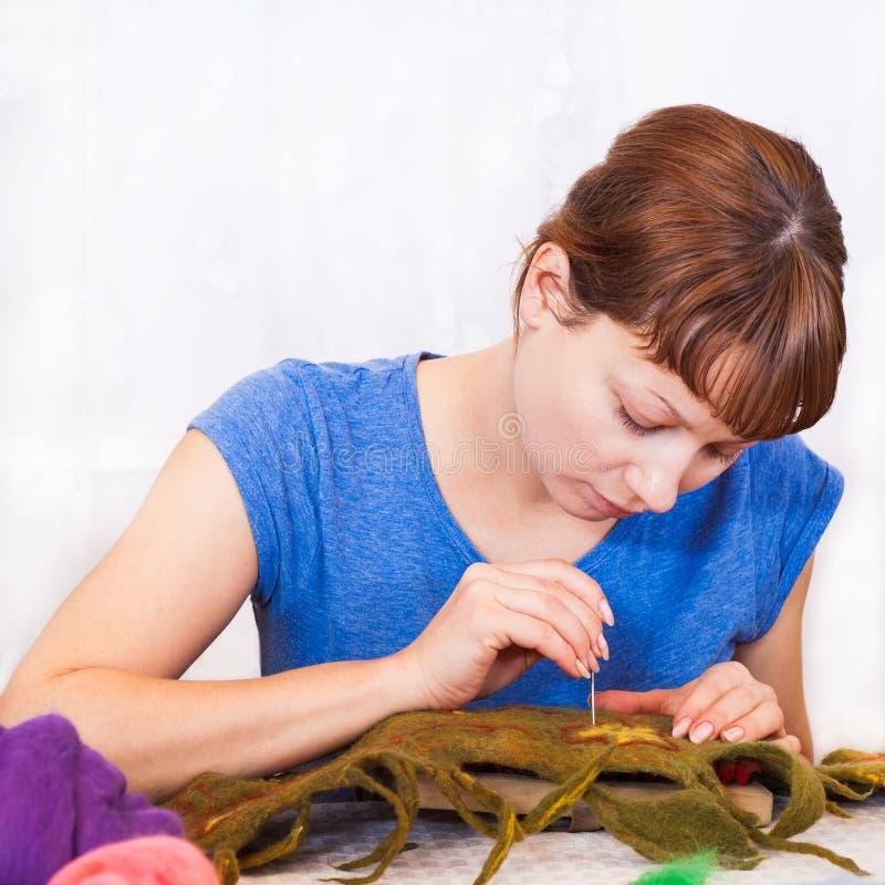 Attività della feltratura della lana immagine stock