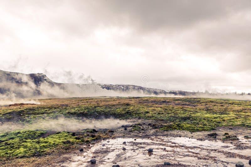 Attività geotermica in un paesaggio dall'Islanda fotografia stock libera da diritti