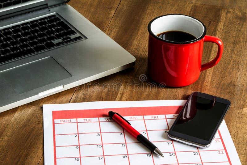 Download Attività Mensili D'organizzazione Nel Calendario Immagine Stock - Immagine di nota, daters: 56888567