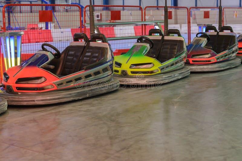 Attraction de voiture électrique d'enfants photos stock