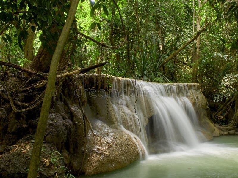 Attractions naturelles de cascade de la Tha?lande photographie stock