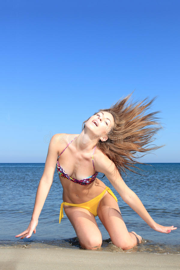 Download Attractive Girl On The Beach Stock Image - Image: 21664145