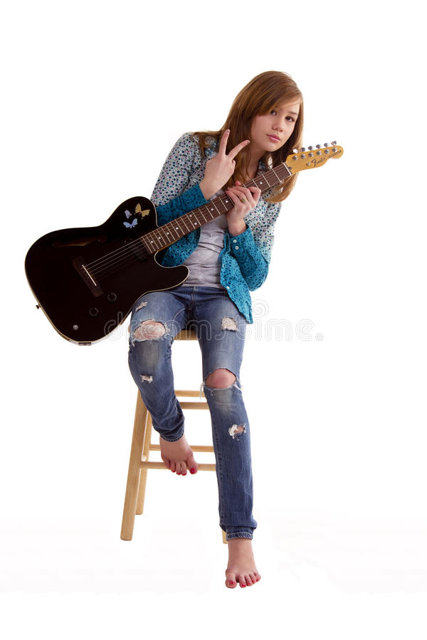 Free Attractive Preteen Female Model With Guitar Stock Image - 18717191