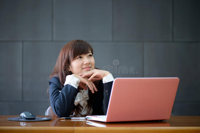 Attractive Smiling Young Business Woman Royalty Free Stock Photo
