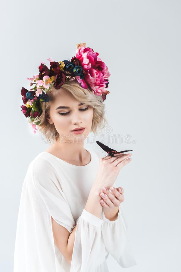 Free Attractive Woman Posing In Flower Wreath With Butterfly On Hands Royalty Free Stock Images - 129329839