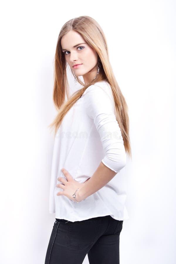 attraktiv blond modell royaltyfria foton