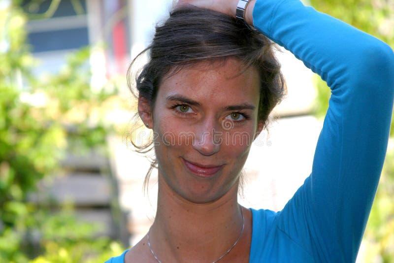 attraktiv brunett royaltyfri fotografi