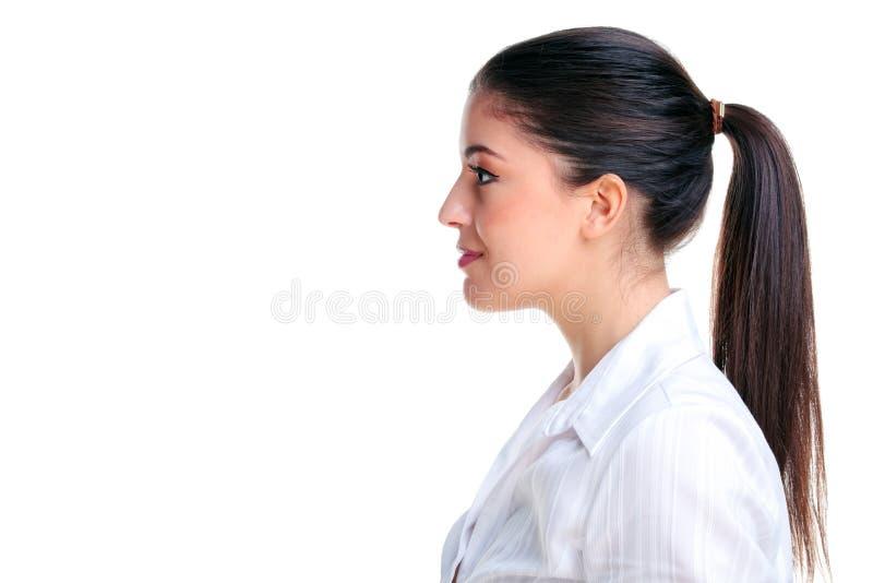 attraktiv kvinna för brunettprofilsida royaltyfri bild