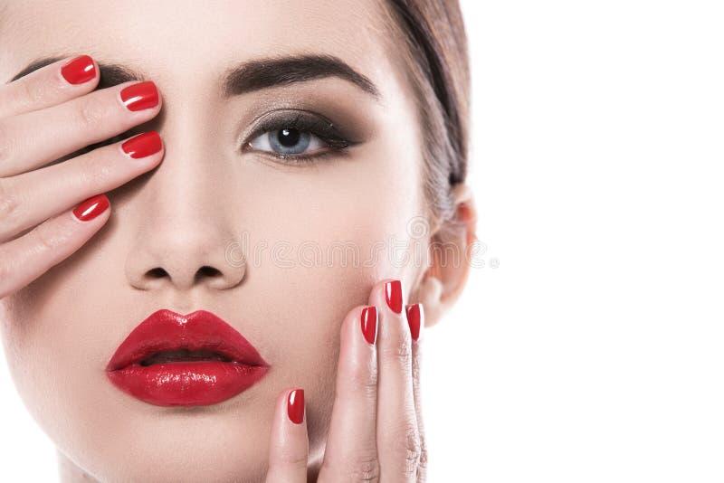 attraktiv läppstiftredkvinna royaltyfria bilder