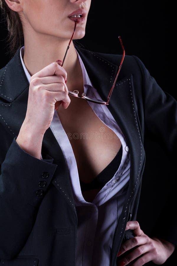Attraktiv säker affärskvinna fotografering för bildbyråer