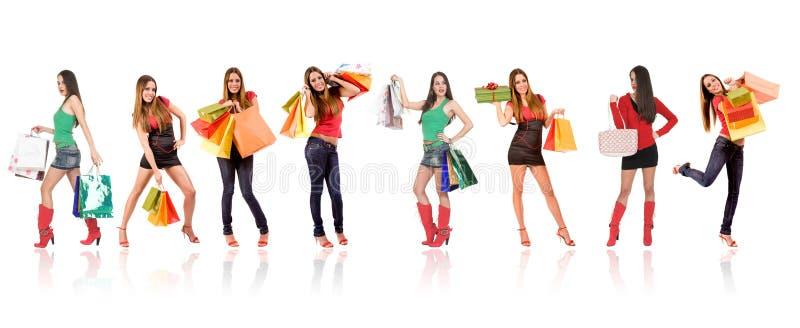 attraktiv shoppingkvinna royaltyfri bild