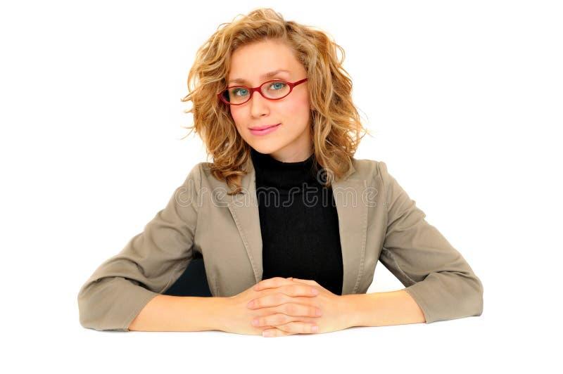 Attraktiv ung affärskvinna royaltyfria bilder