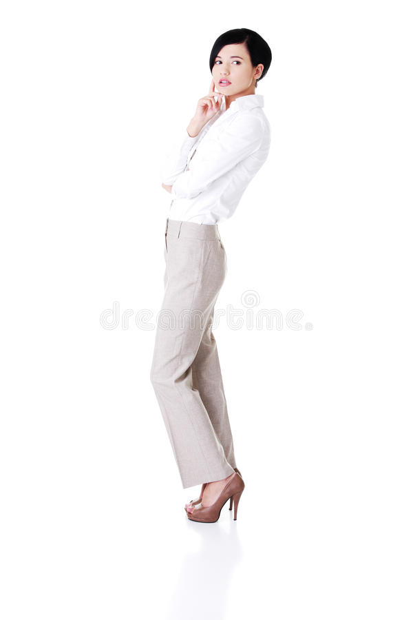 Attraktiv ung affärskvinna. Lodlinje. royaltyfria foton
