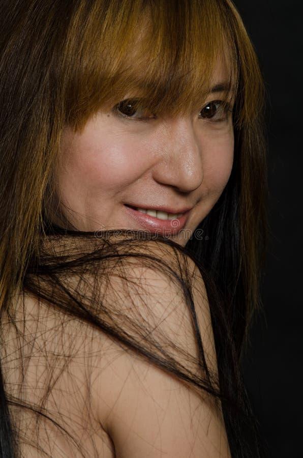 Attraktive chinesische Vierzigerfrau