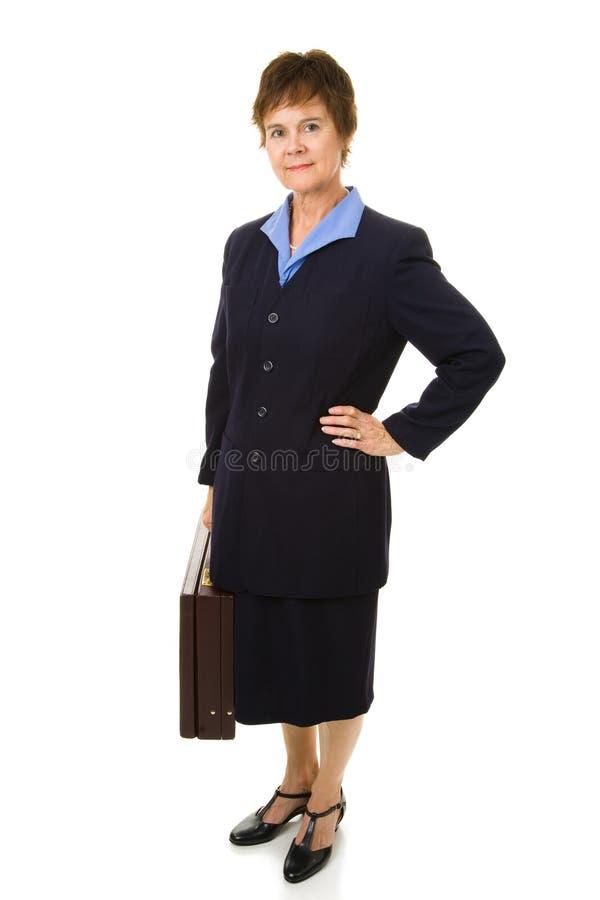 Attraktive fällige Geschäftsfrau lizenzfreie stockfotos