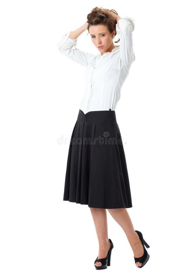 35d66c36b3c6 Attraktive Frau Im Weißen Hemd Und Im Schwarzen Rock Stockbild ...