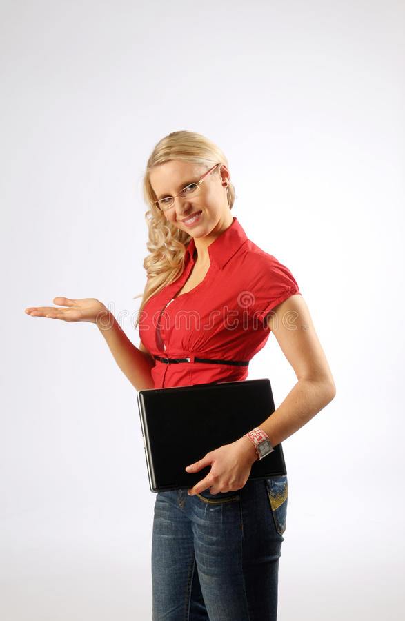 Attraktive Frau mit Datei stockfotos
