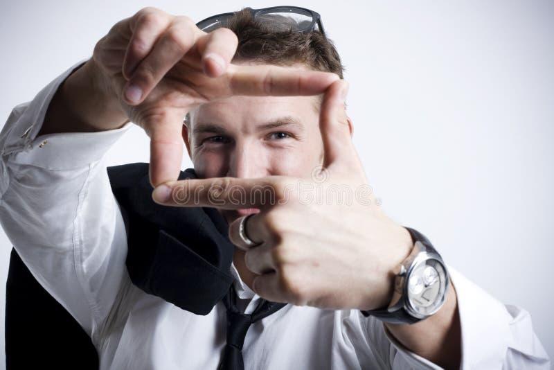 Attraktive junge Geschäftsmanplanung stockfotos