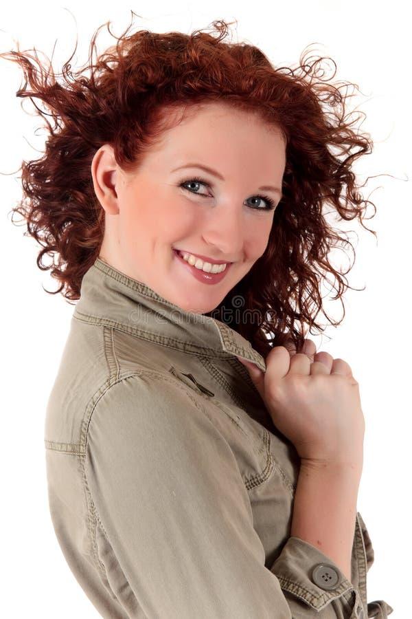 Attraktive red-haired junge Frau stockbilder