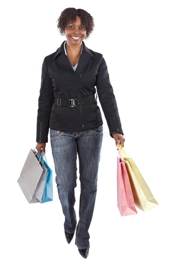 Attraktives Einkaufenmädchen lizenzfreie stockfotos
