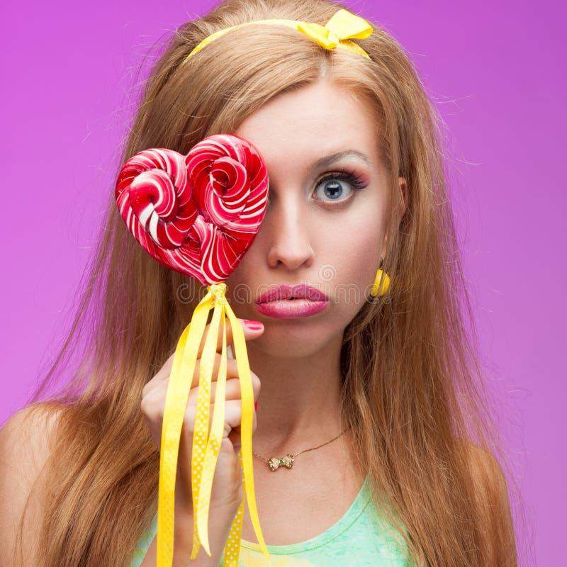 Attraktives klares Süßigkeitsmädchen stockbilder