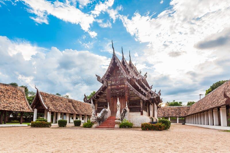 Attrazione turistica di maggiore di Wat Ton Gwan, Chiangmai, Tailandia. Ciò immagine stock