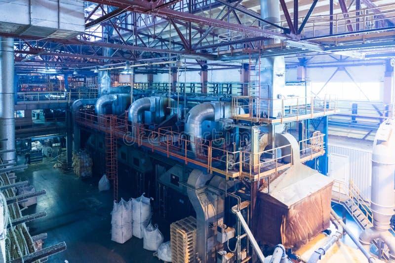 Attrezzatura di industria di produzione della vetroresina al fondo di fabbricazione fotografie stock