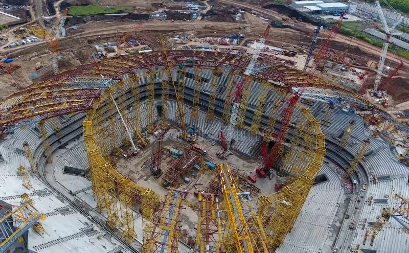 Download Attrezzatura Per La Costruzione Dello Stadio Immagine Editoriale - Immagine di alto, costruito: 117975745