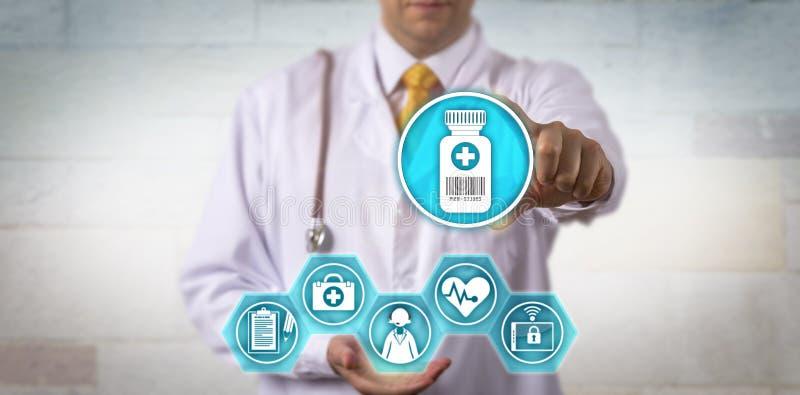 Atualização de oferecimento da prescrição da telemedicina do clínico foto de stock