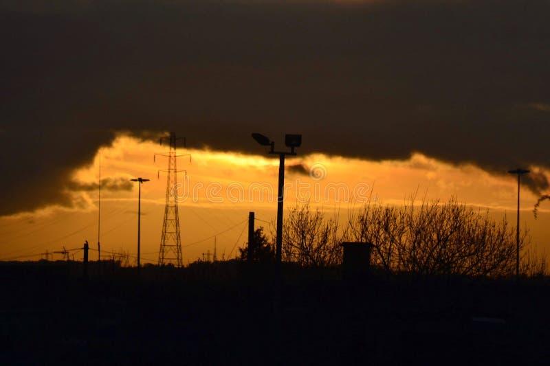 Aturdindo o por do sol sobre Kingston pequeno em cima da casca foto de stock royalty free