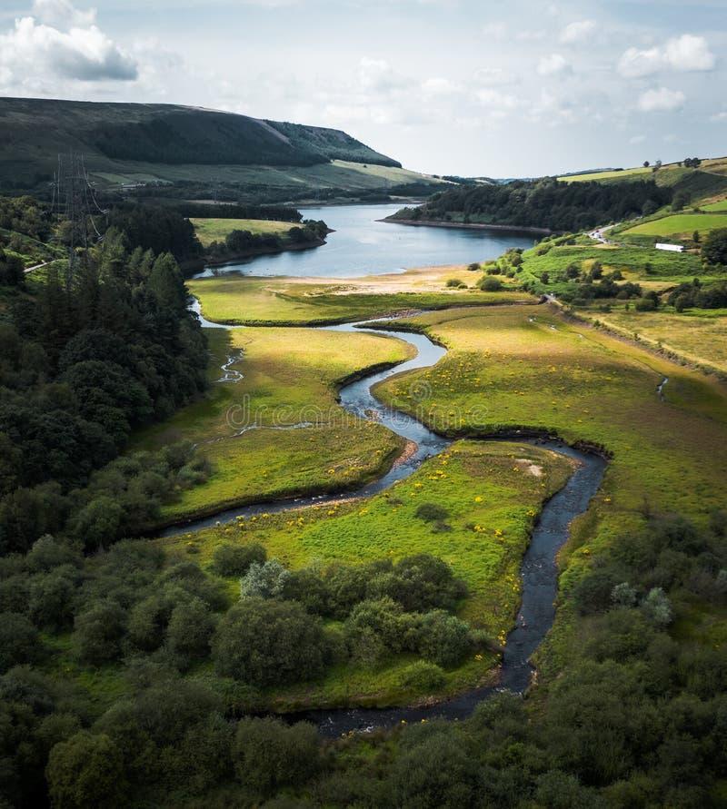 Aturdindo o tiro aéreo do parque nacional do distrito máximo, Reino Unido imagem de stock
