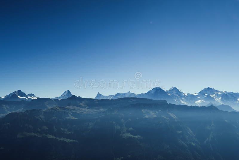 Aturdir la vista de las montañas famosas Eiger de Bernese Oberland, MES fotos de archivo