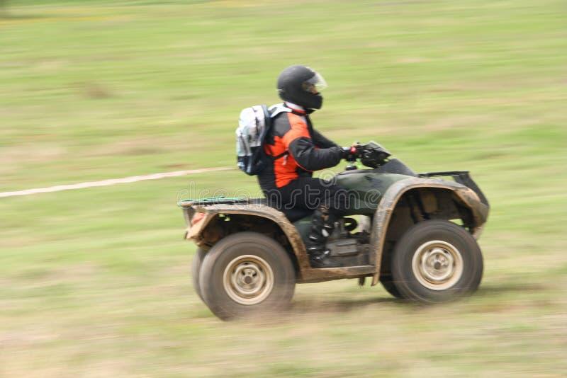 ATV dans l'action images stock