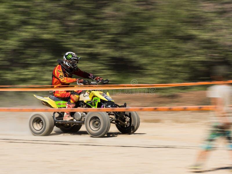 ATV en concurrence photo stock